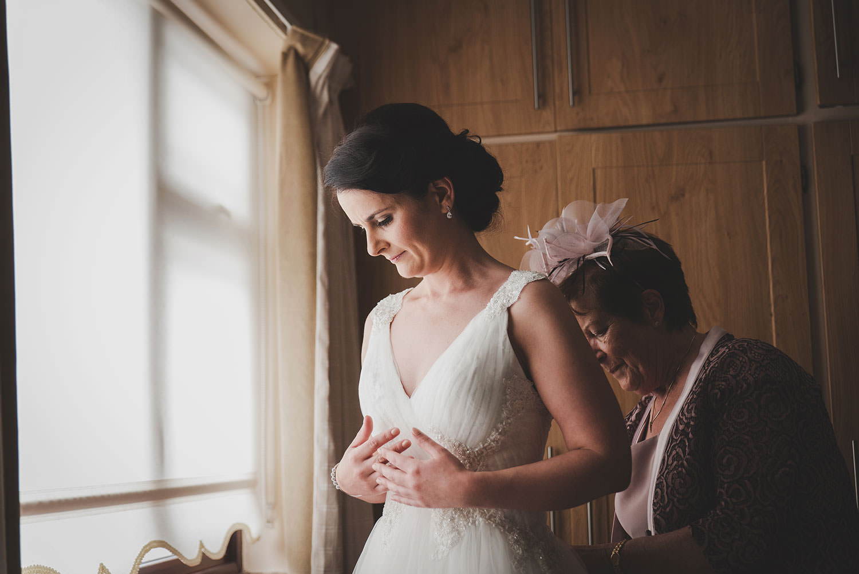 wedding-photographers-ireland-040.jpg