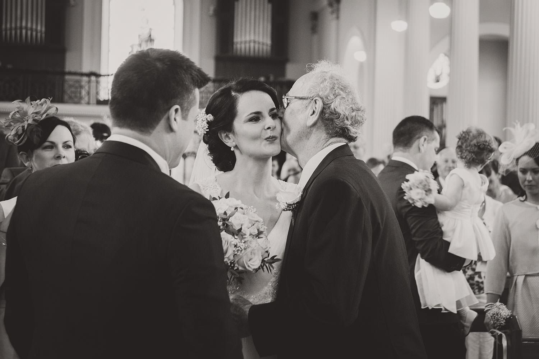 wedding-photographers-ireland-076.jpg