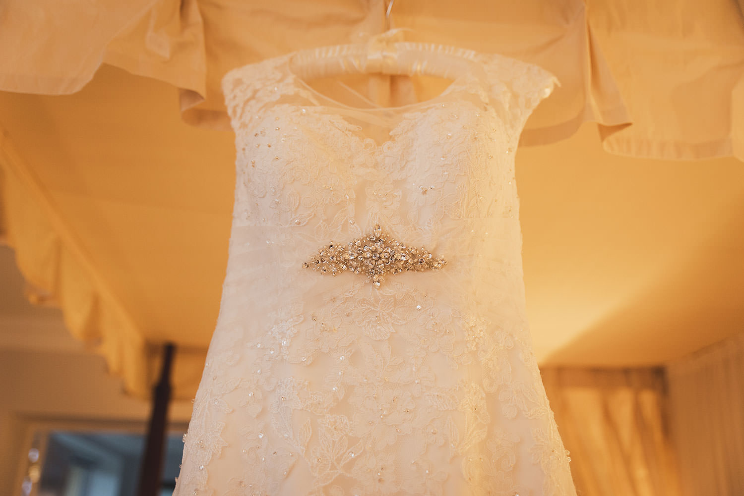 dunraven-arms-hotel-wedding-photography-003.jpg