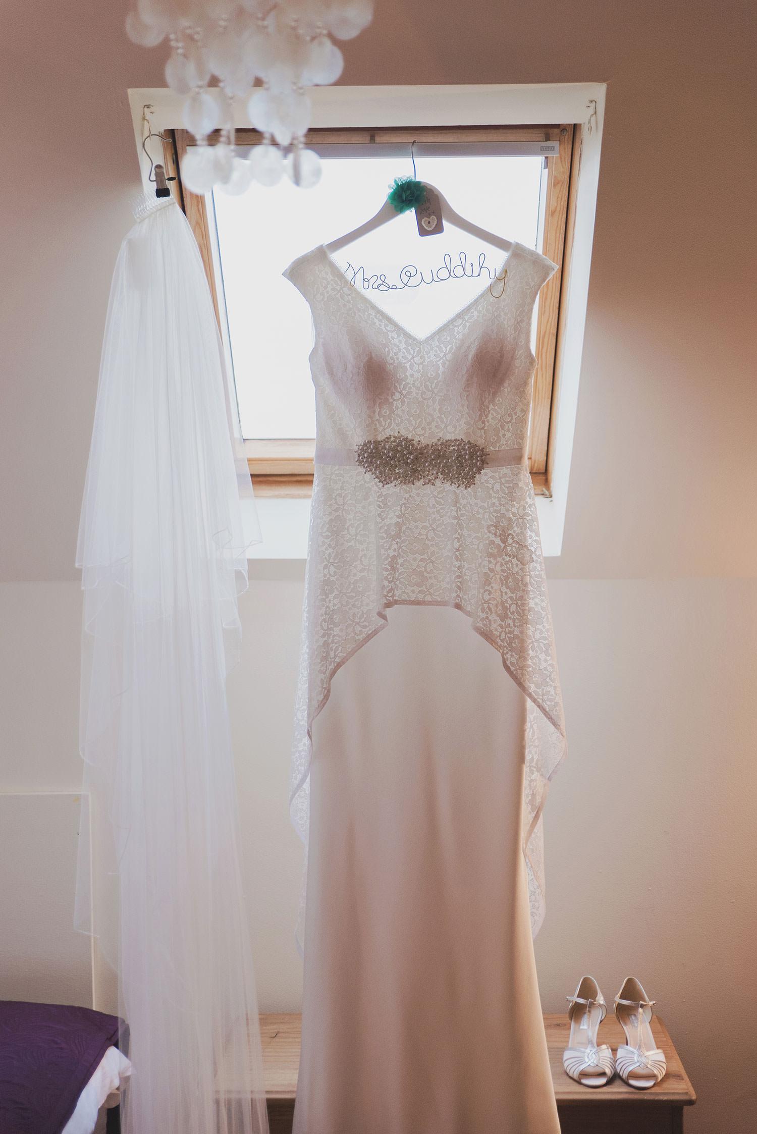dunraven-arms-wedding-photography-001.jpg