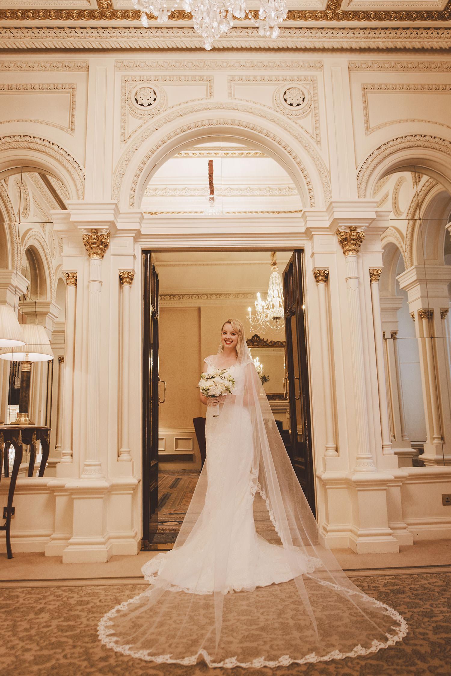 shelbourne-hotel-wedding-photographer-038.jpg