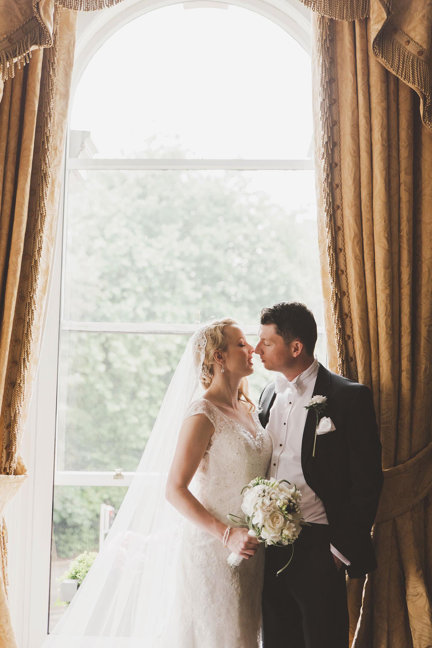 shelbourne-hotel-wedding-photographer-075.jpg