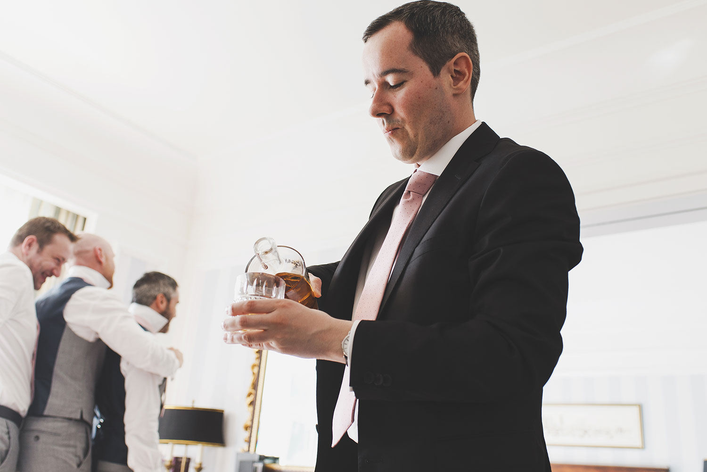 powerscourt-hotel-wedding-photographers024.jpg