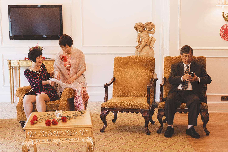 powerscourt-hotel-wedding-photographers044.jpg
