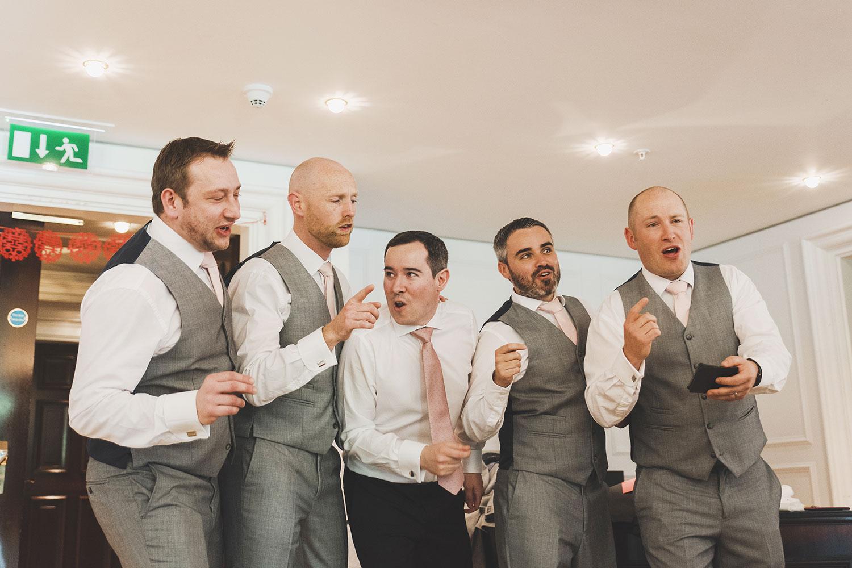 powerscourt-hotel-wedding-photographers059.jpg