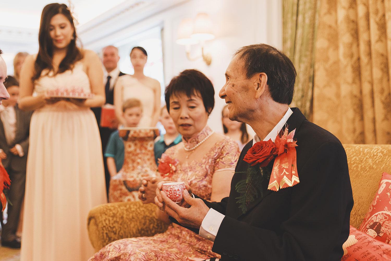 powerscourt-hotel-wedding-photographers064.jpg