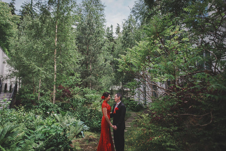 powerscourt-hotel-wedding-photographers081.jpg