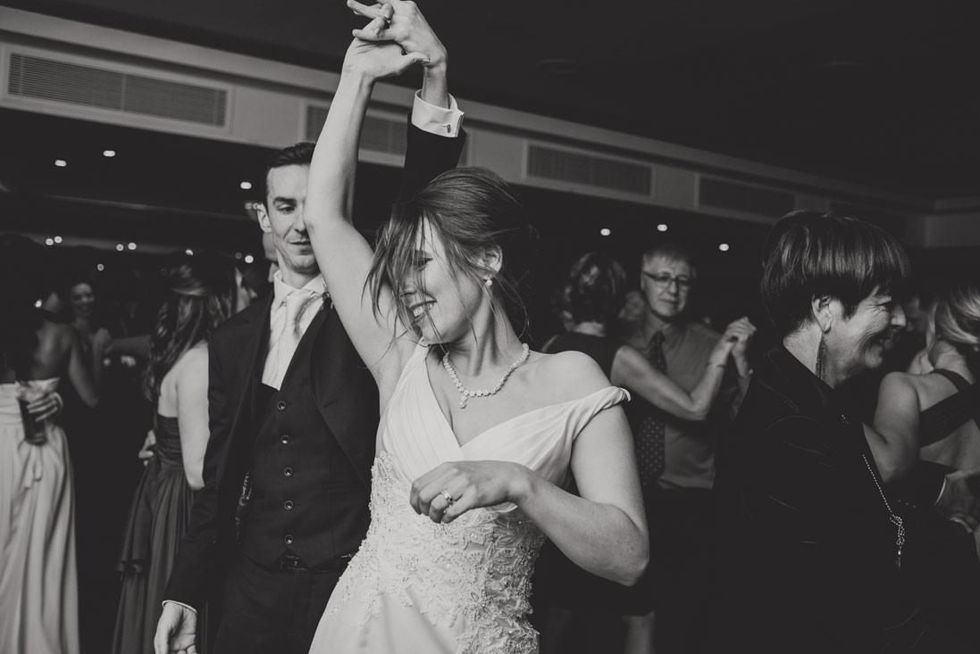 wedding-photographers-radisson-blu-st-helens-dublin-136.jpg
