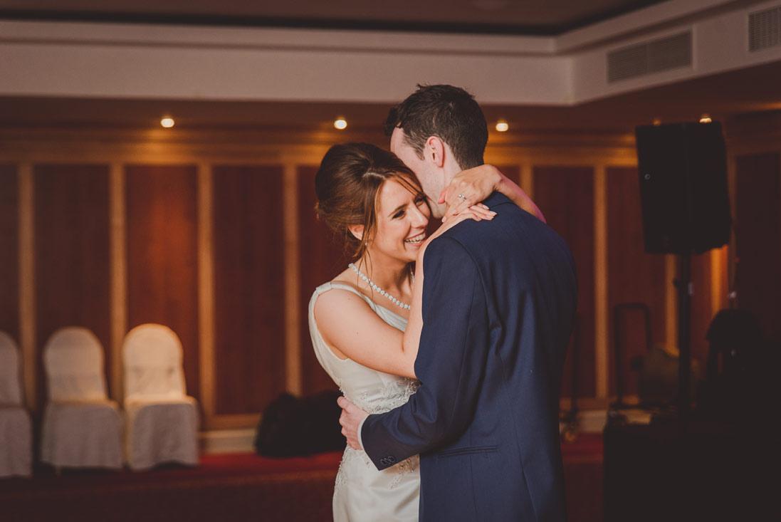 wedding-photographers-radisson-blu-st-helens-dublin-139.jpg