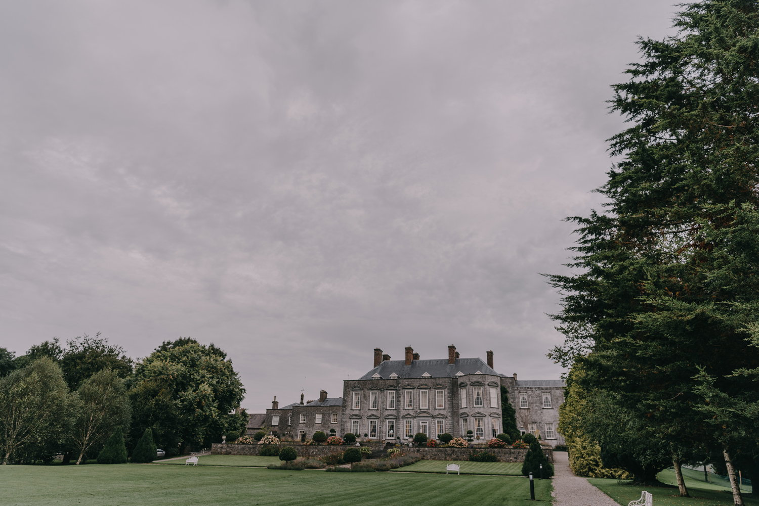 destination-wedding-photographers-castle-durrow-ireland001.jpg