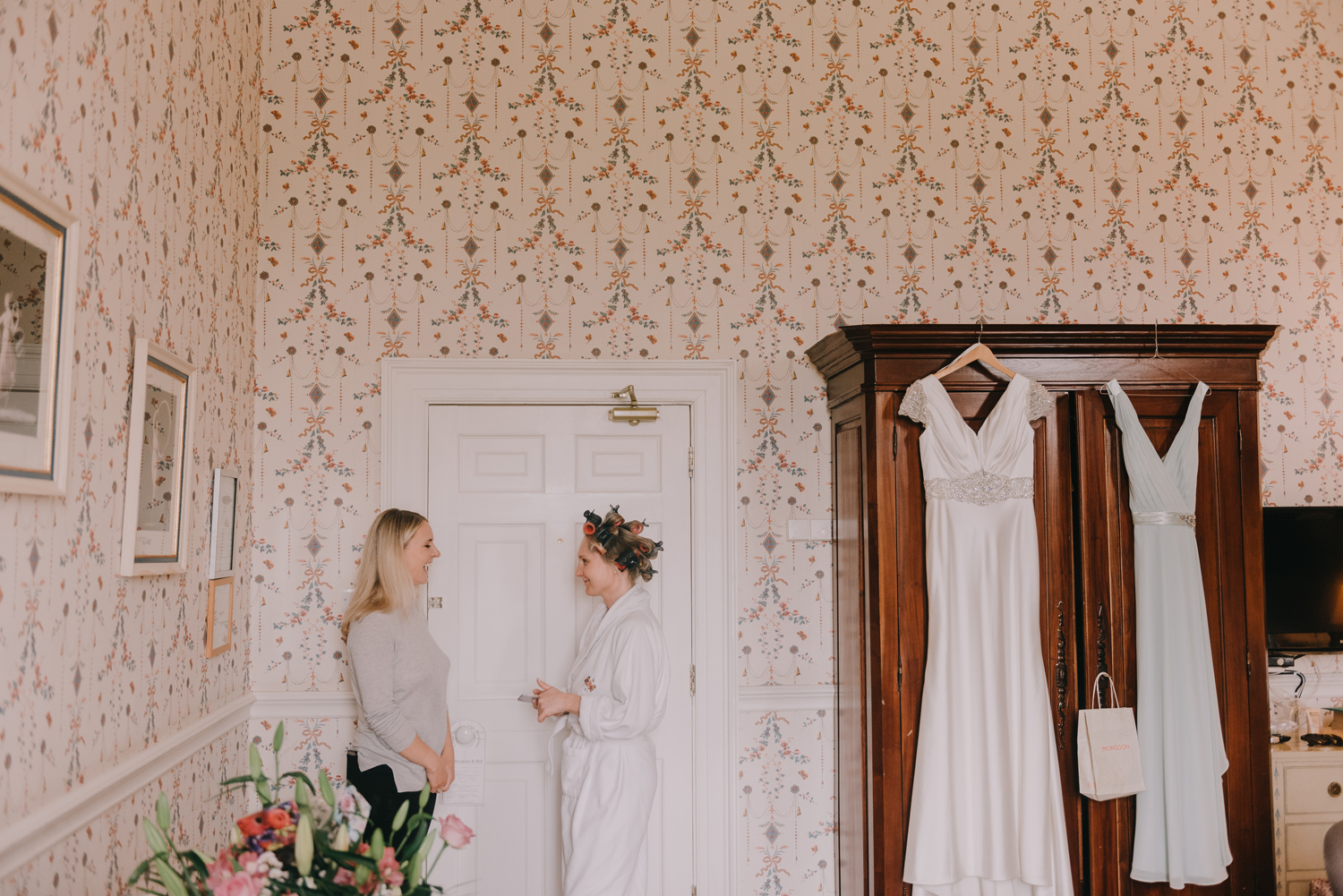 destination-wedding-photographers-castle-durrow-ireland028.jpg