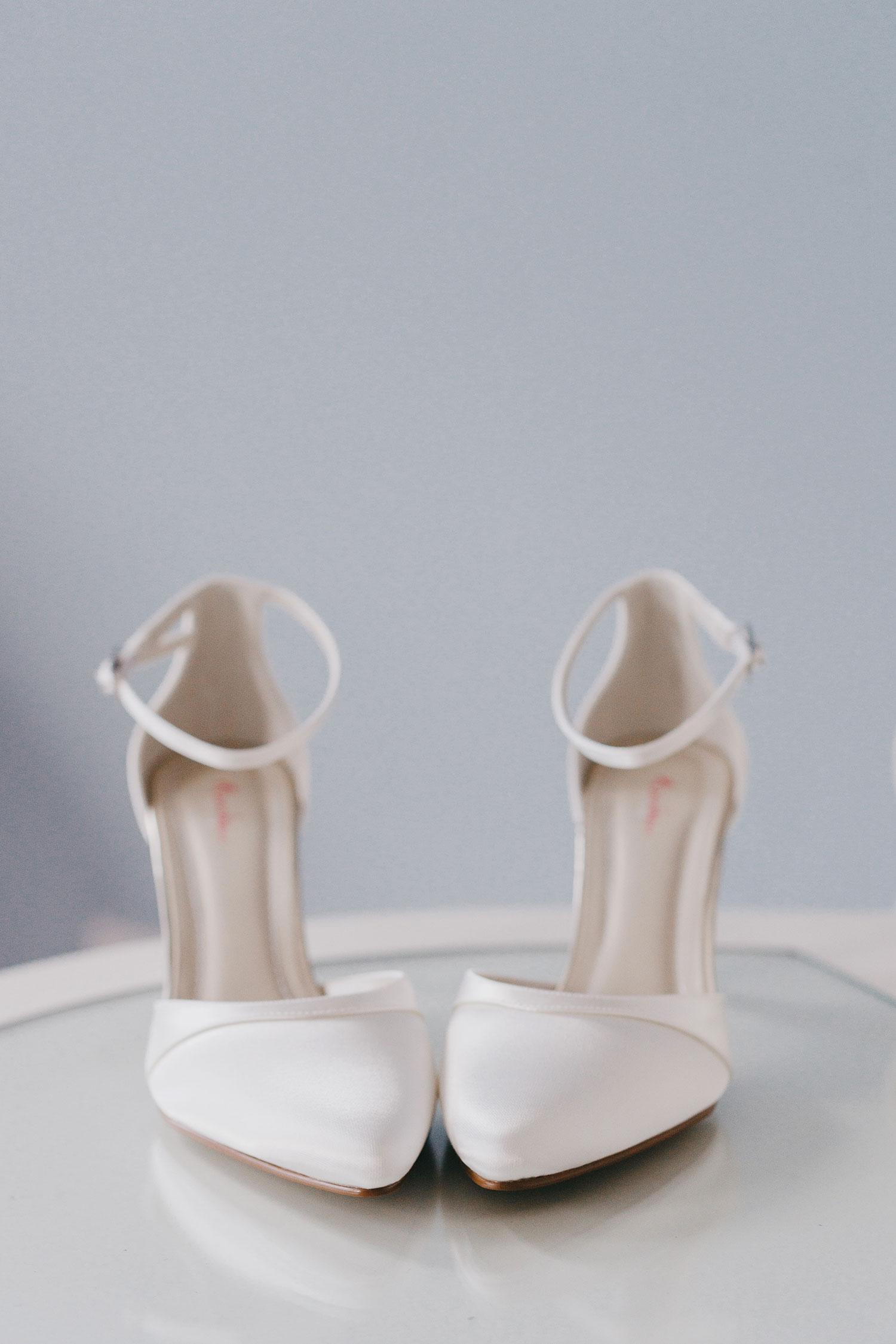 castle-leslie-wedding-photographer-ireland-007.jpg