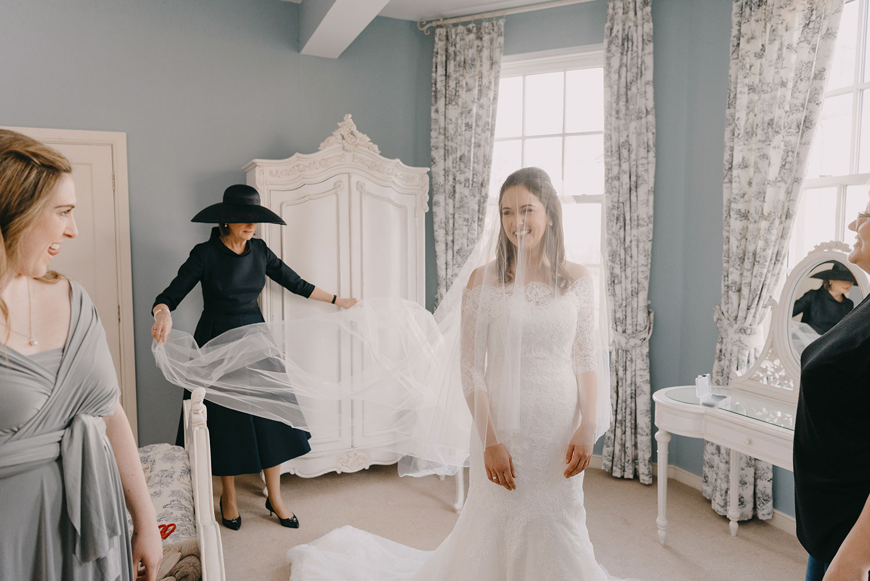 castle-leslie-wedding-photographer-ireland-028.jpg