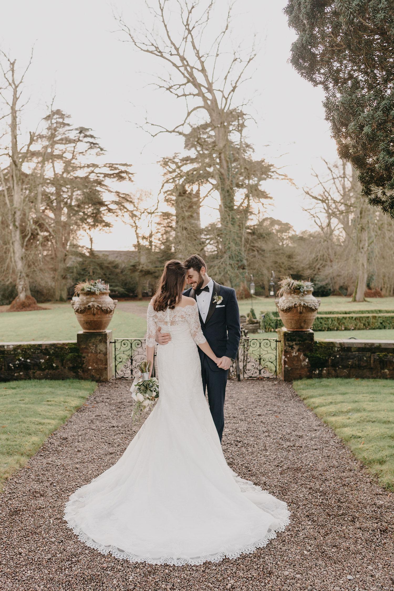 castle-leslie-wedding-photographer-ireland-079.jpg