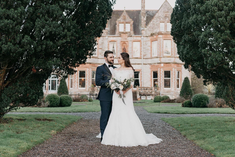 castle-leslie-wedding-photographer-ireland-083.jpg