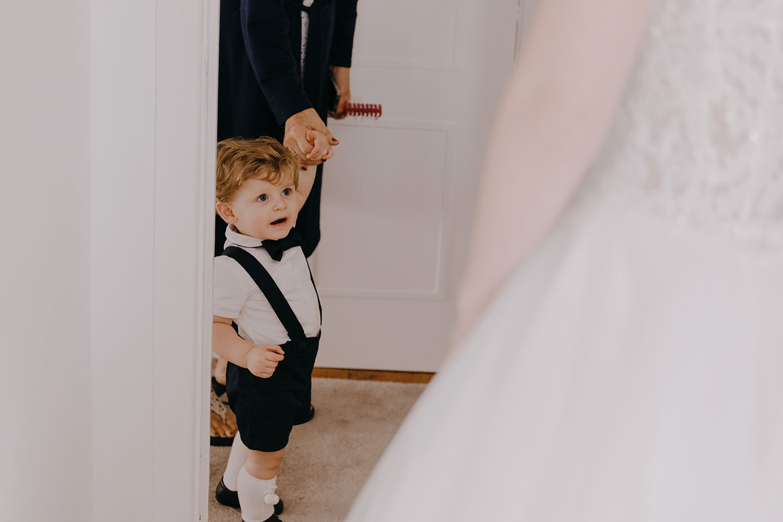 clontarf-castle-wedding-photographer-030.jpg