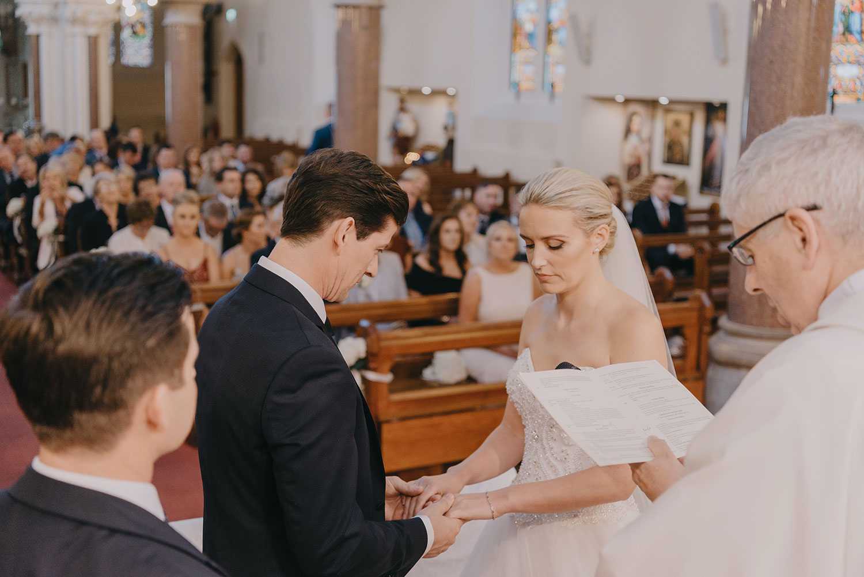 clontarf-castle-wedding-photographer-058.jpg