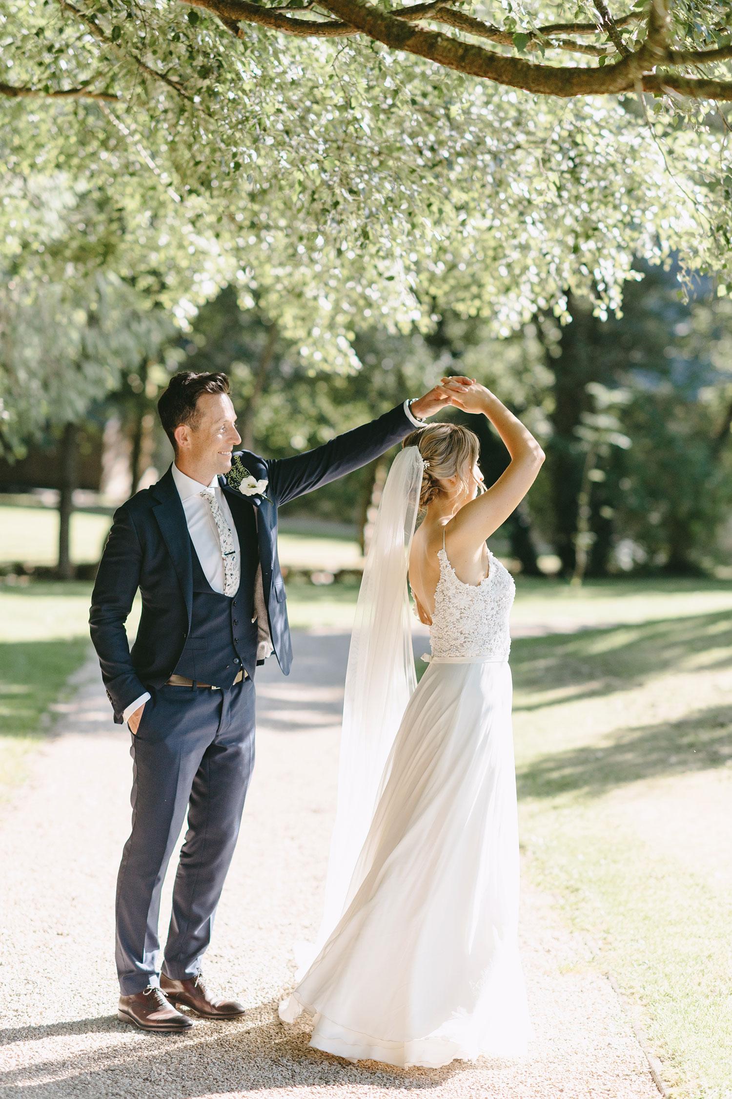 brook-lodge-wedding-photography-0099_0625.jpg