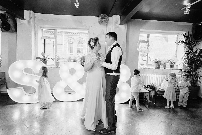 wedding-photographer-dublin-0118_0748.jpg