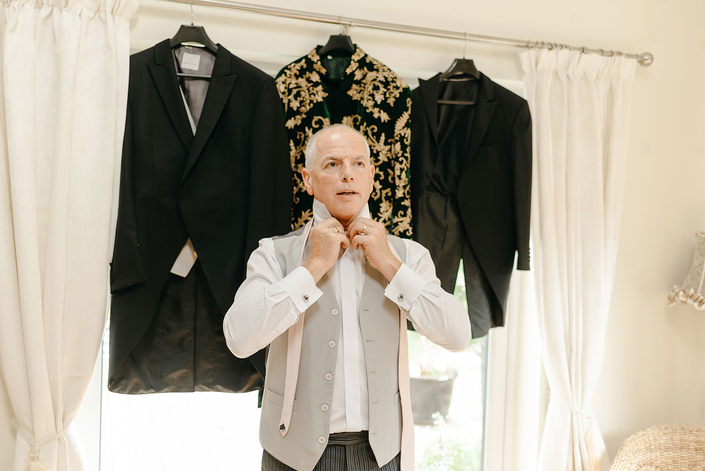 powerscourt-hotel-wedding-photographer-0012_0762.jpg