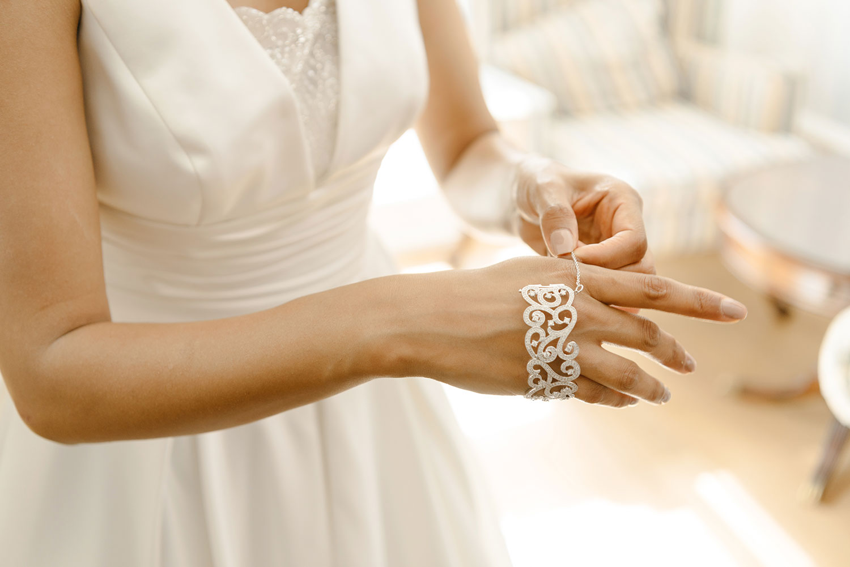 powerscourt-hotel-wedding-photographer-0037_0787.jpg