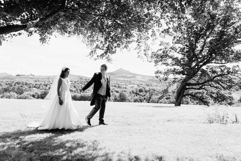 powerscourt-hotel-wedding-photographer-0098_0848.jpg