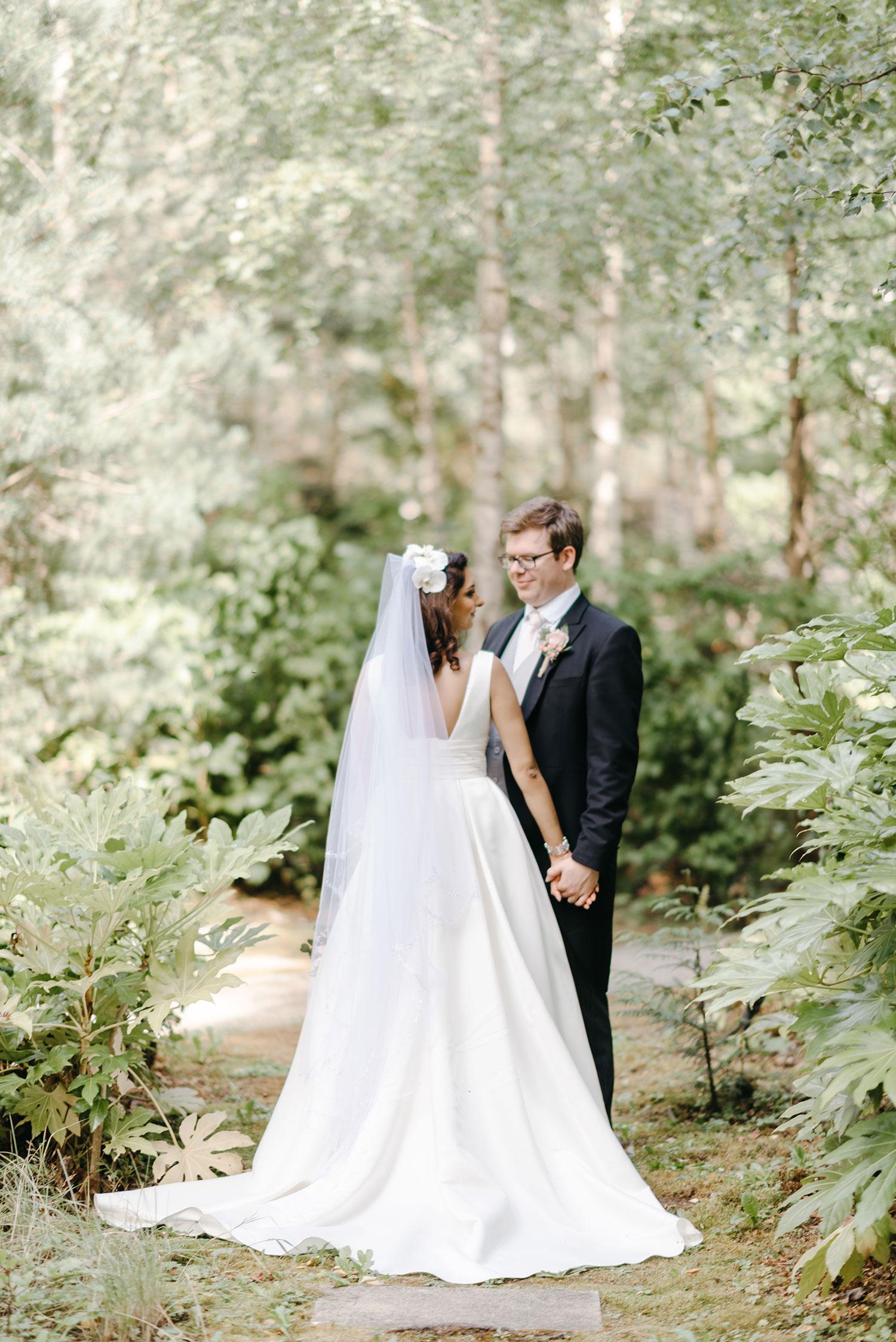 powerscourt-hotel-wedding-photographer-0107_0857.jpg