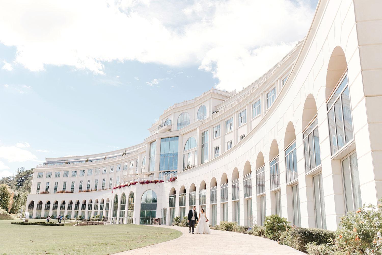 powerscourt-hotel-wedding-photographer-0113_0863.jpg
