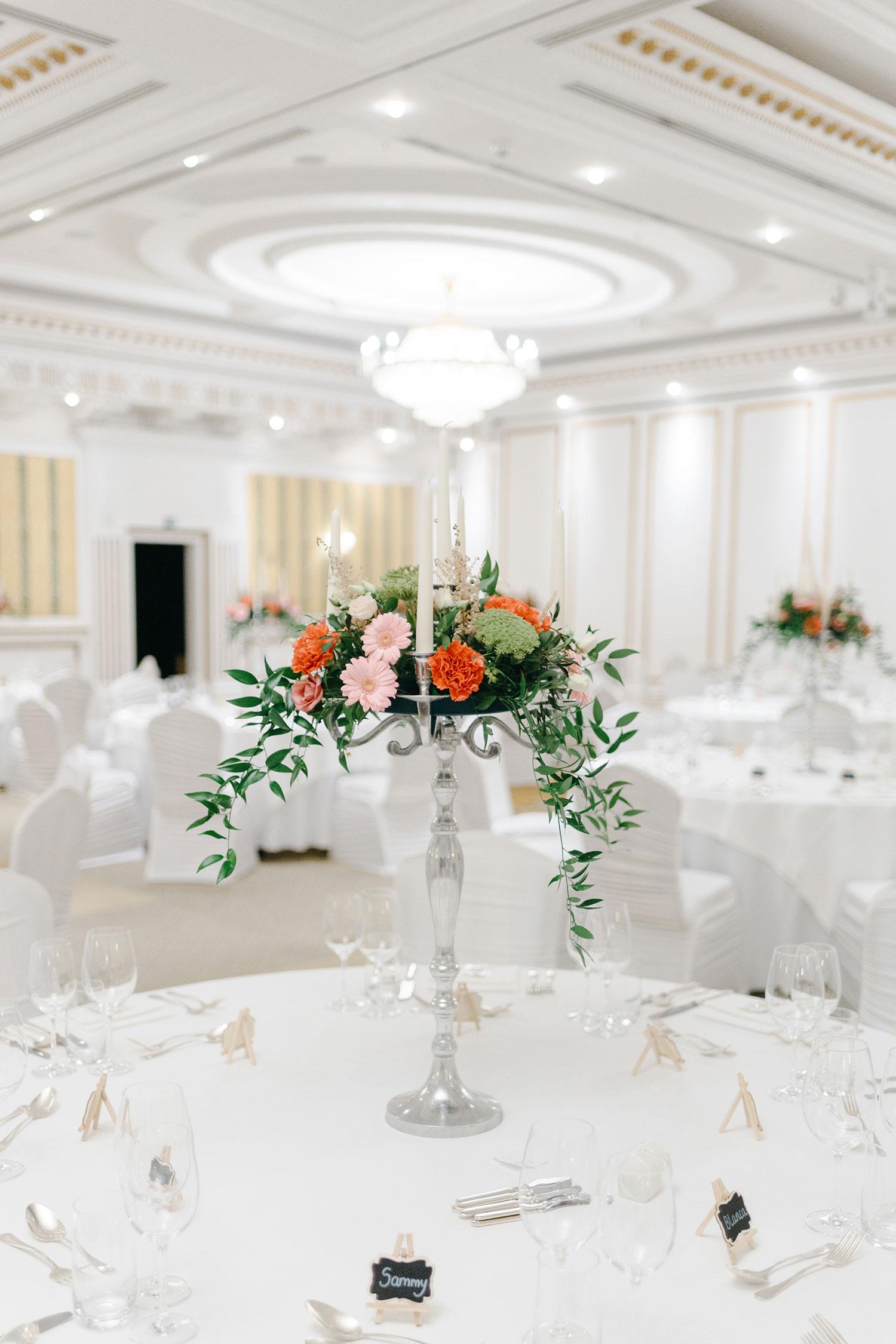 powerscourt-hotel-wedding-photographer-0023_0773.jpg