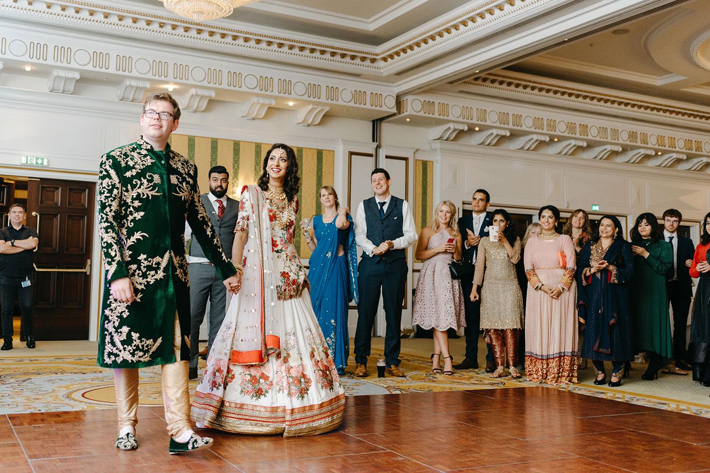 powerscourt-hotel-wedding-photographer-0160_0910.jpg