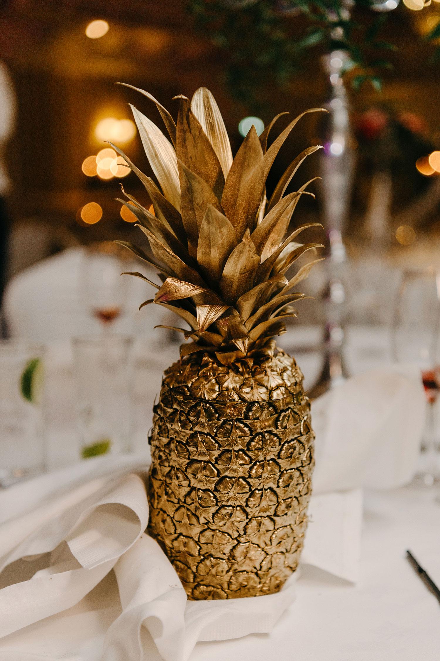 powerscourt-hotel-wedding-photographer-0166_0916.jpg