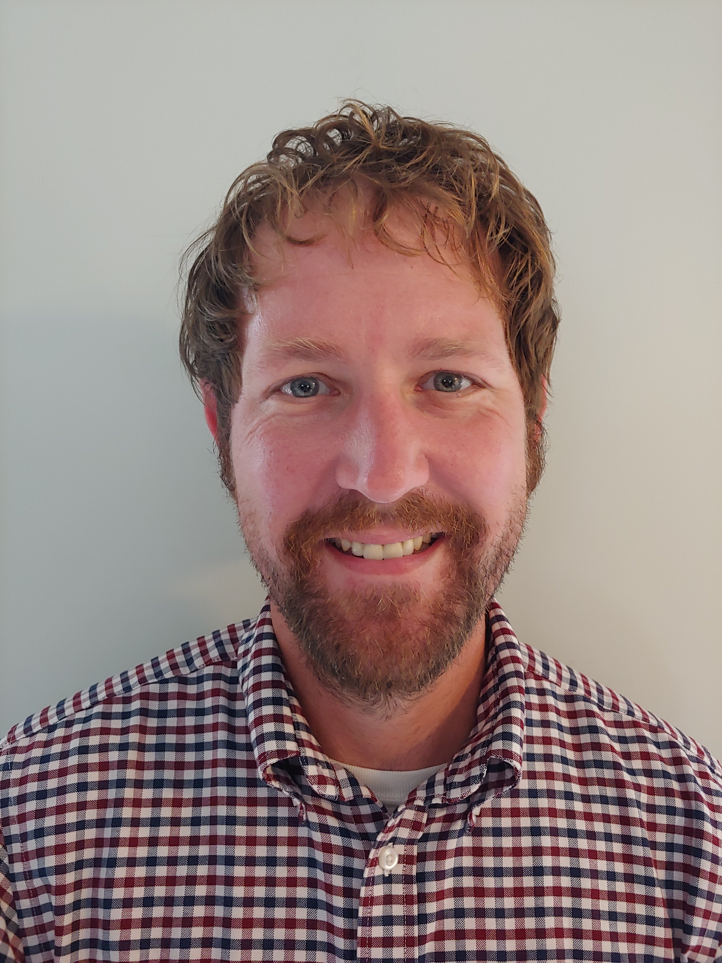 Corey Kragt Profile Pic.jpg