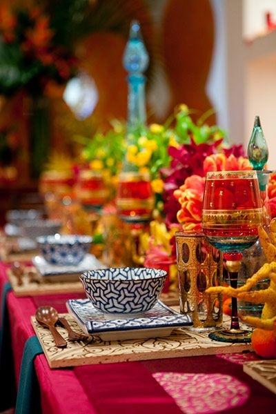 http://www.decorationforhouse.com/decoration/tablescape.html