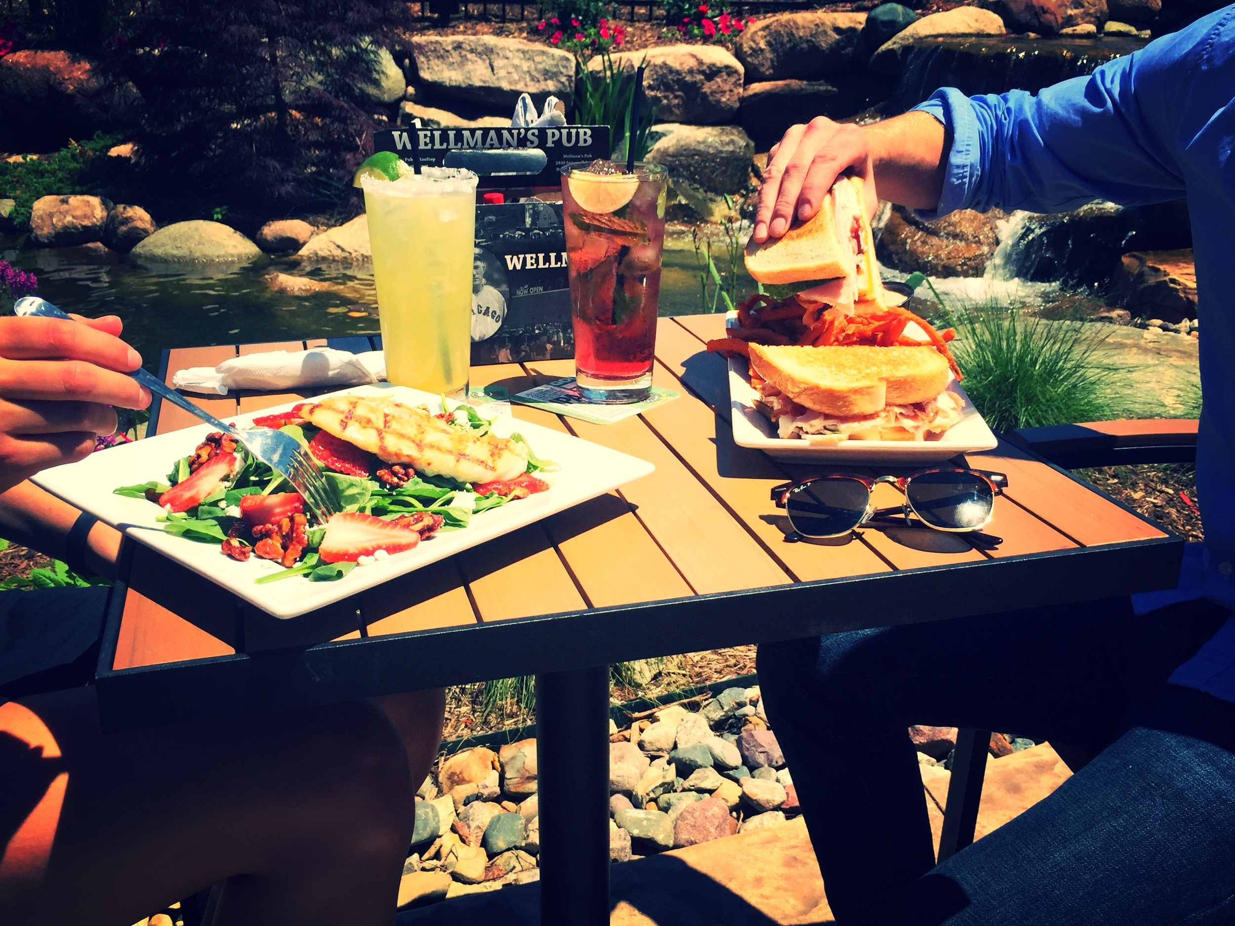 LUNCH OR DINNER SUN WW PATIO.jpg