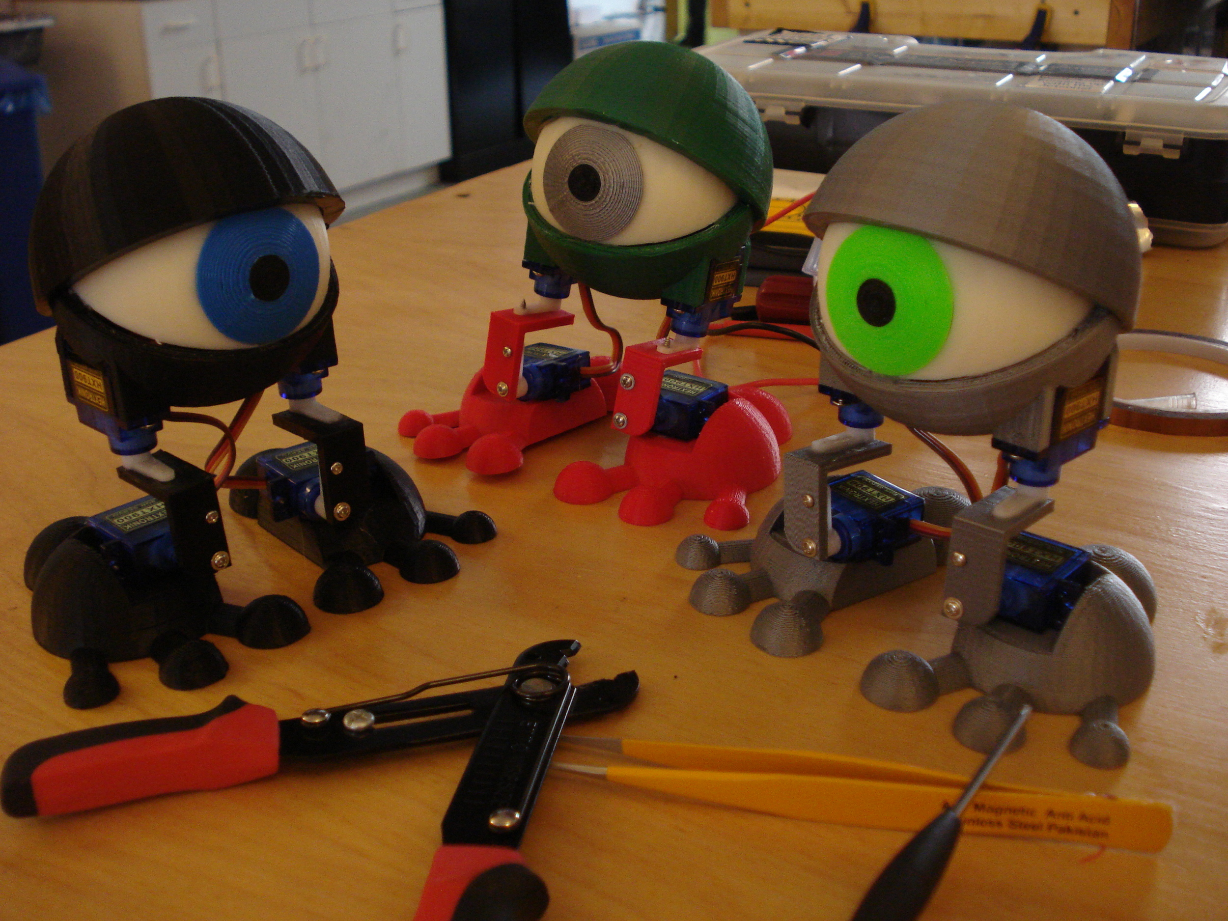 Minion found his friends! Now we can all walk to  @makerfairekc  and prepare take over the world.