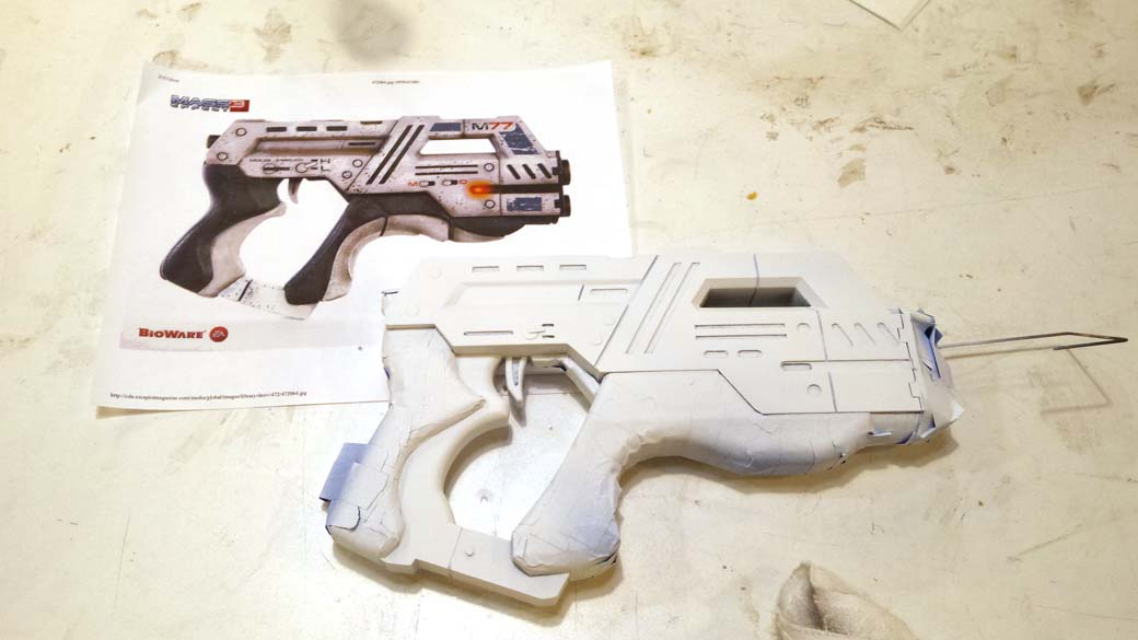 White paint applied to 3D Printed Cosplay Mass Effect Pistol