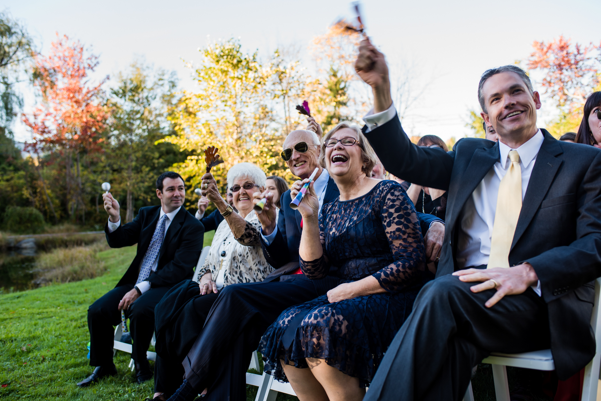 Stefy Hilmer Photography -guests applauding cheerign on wedding couple.jpg