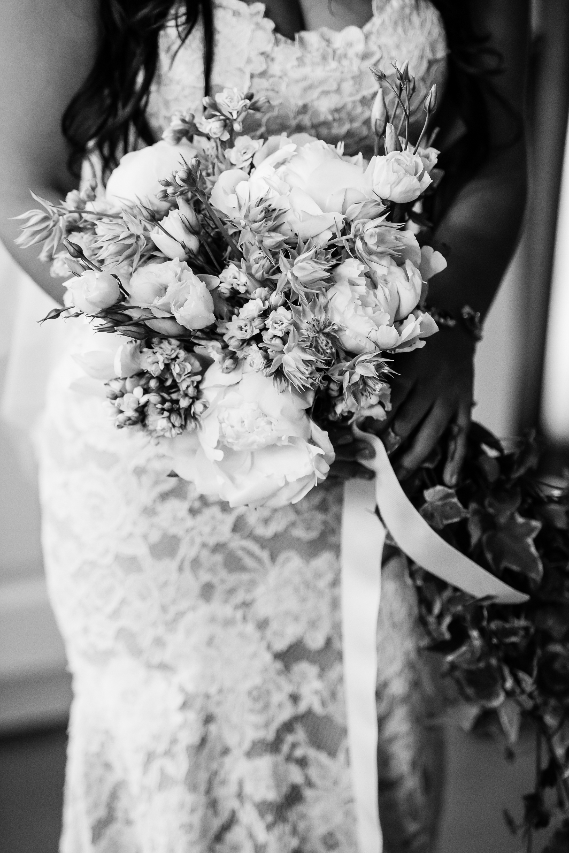 Stefy Hilmer Photography - bridal bouquet and bride before the ceremony.jpg