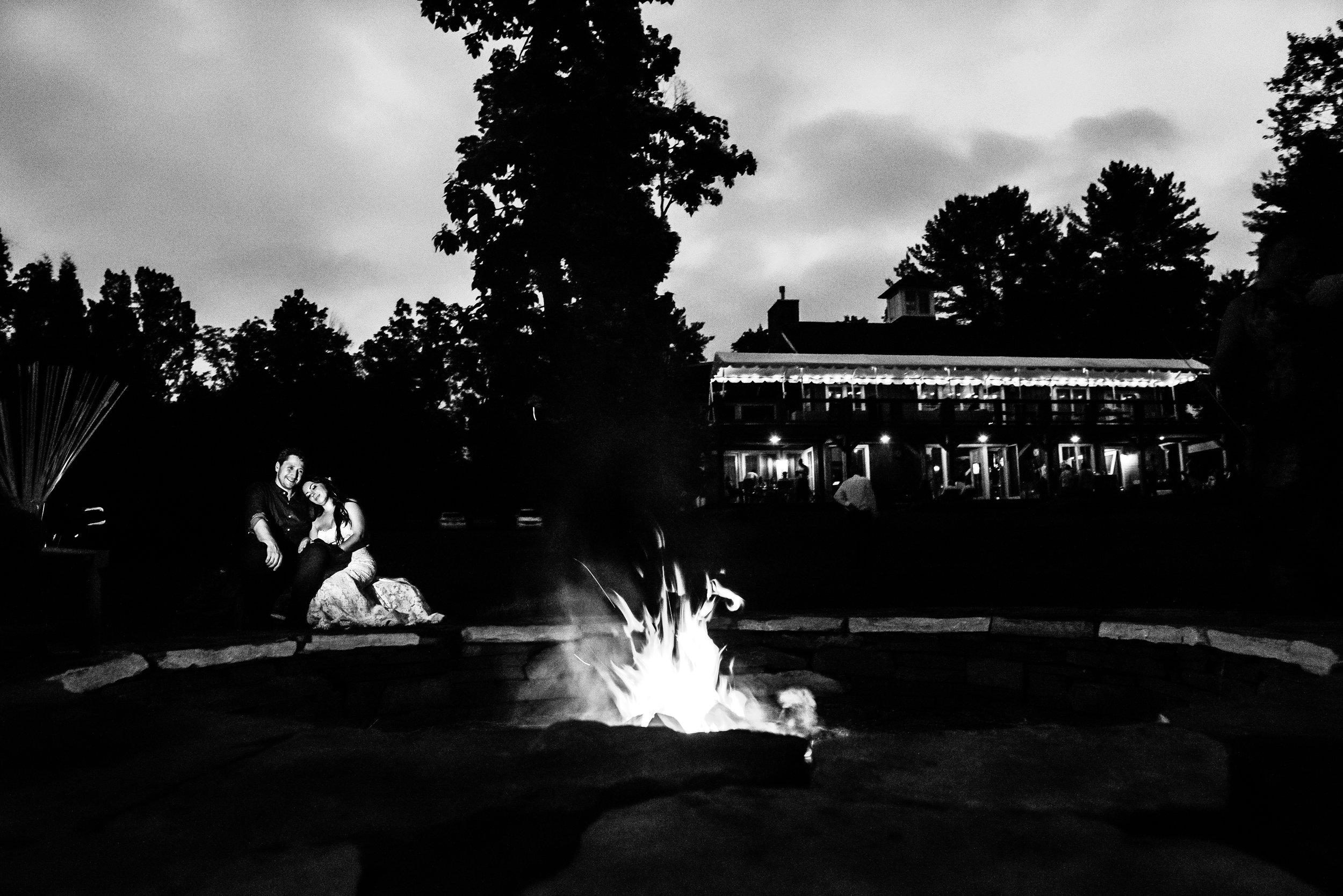 Stefy Hilmer Photography -bride and groom at bonfire after wedding reception.jpg