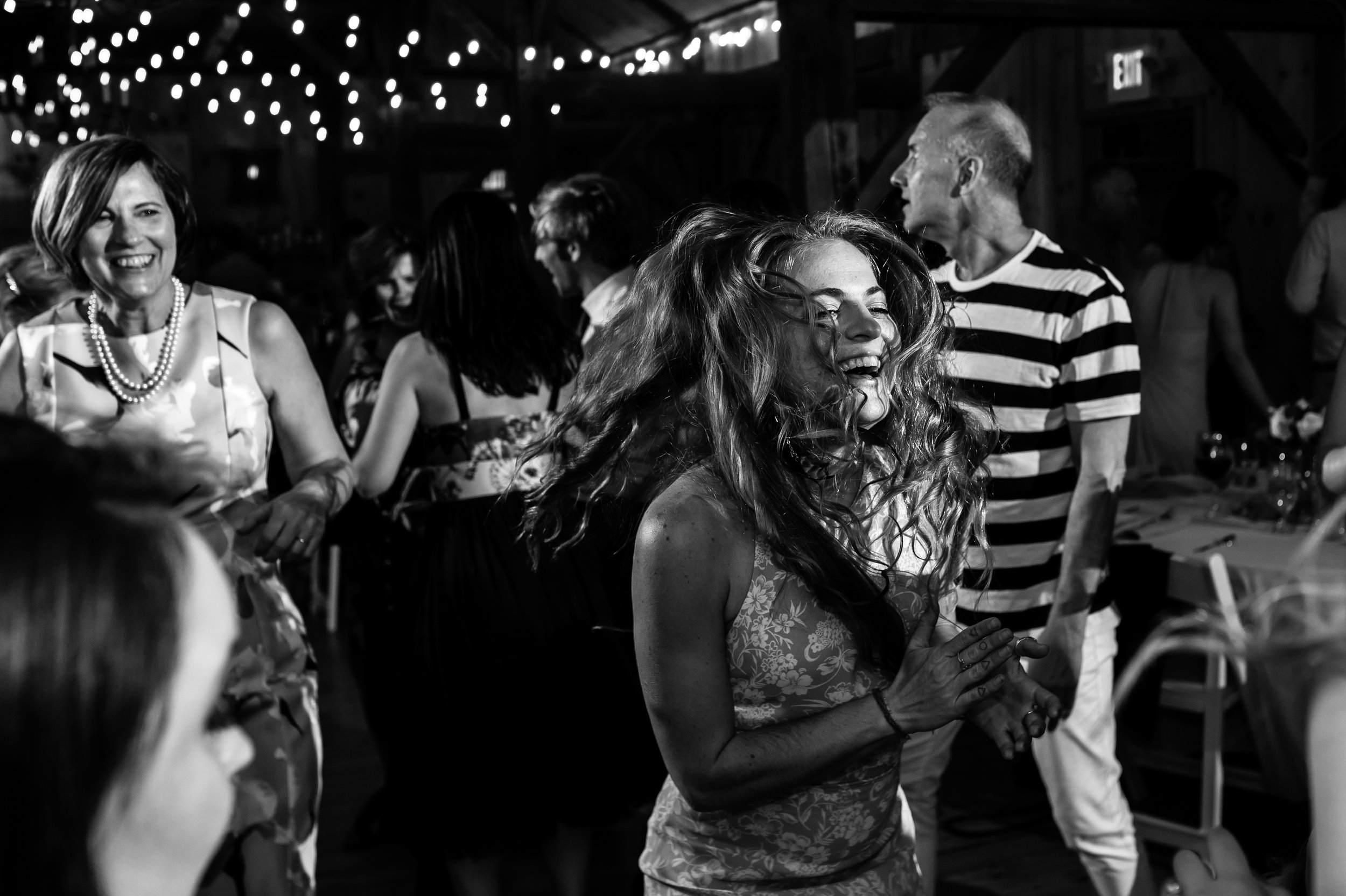 Stefy Hilmer Photography- crazy dancing at wedding reception.jpg