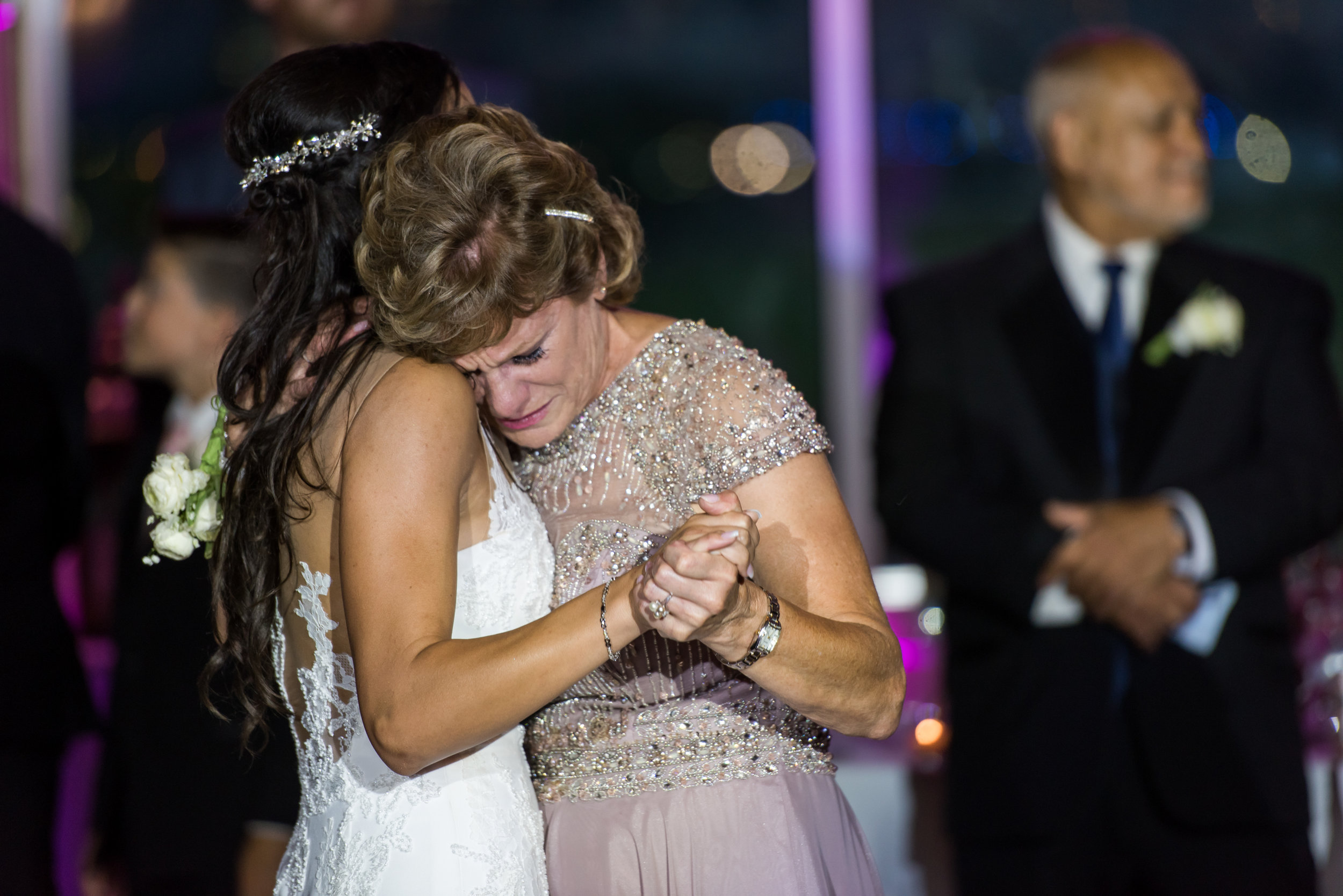 Stefy Hilmer Photography-bride is dancing with her mom.jpg