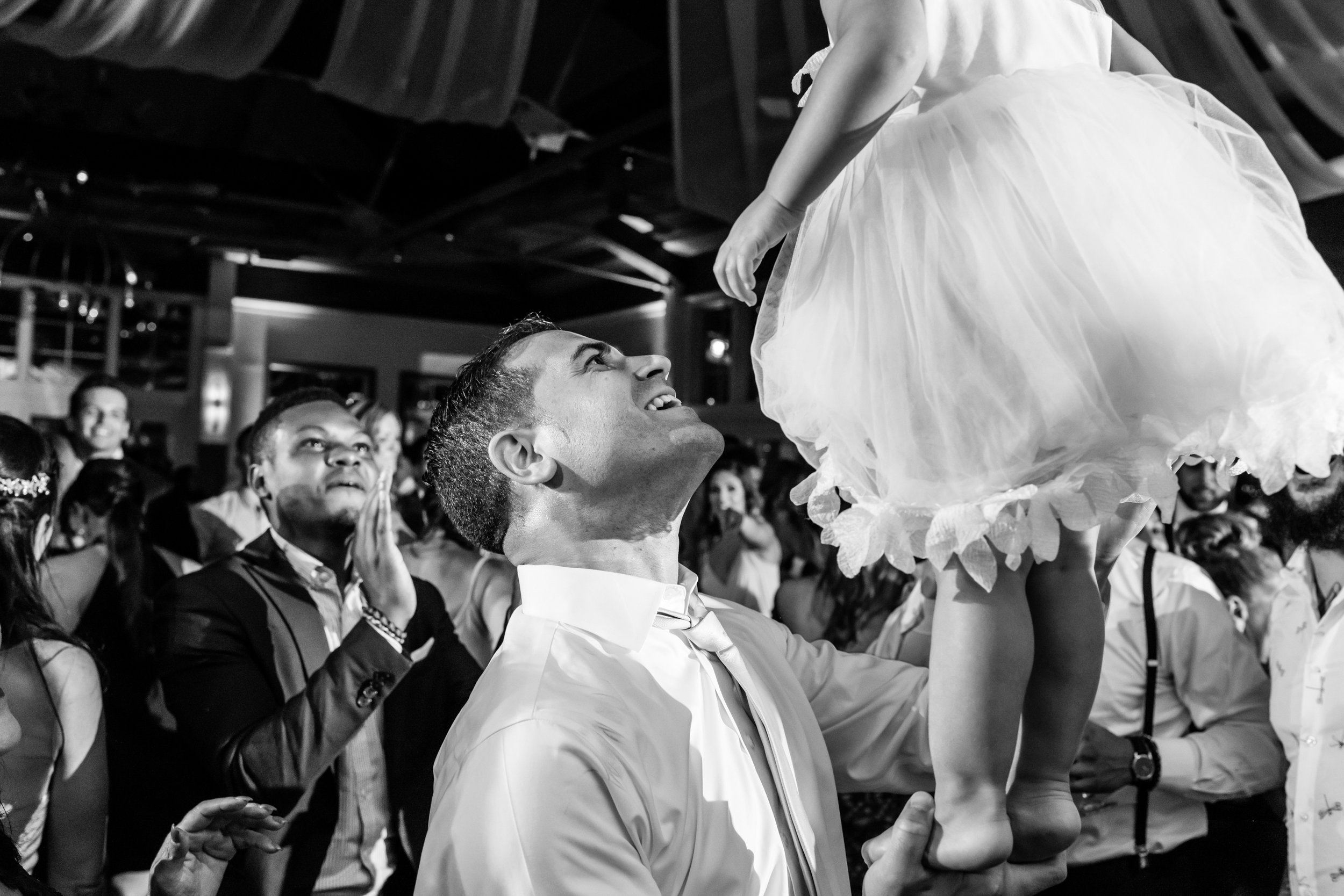 Stefy Hilmer Photography-kids balancing during wedding ceremony.jpg