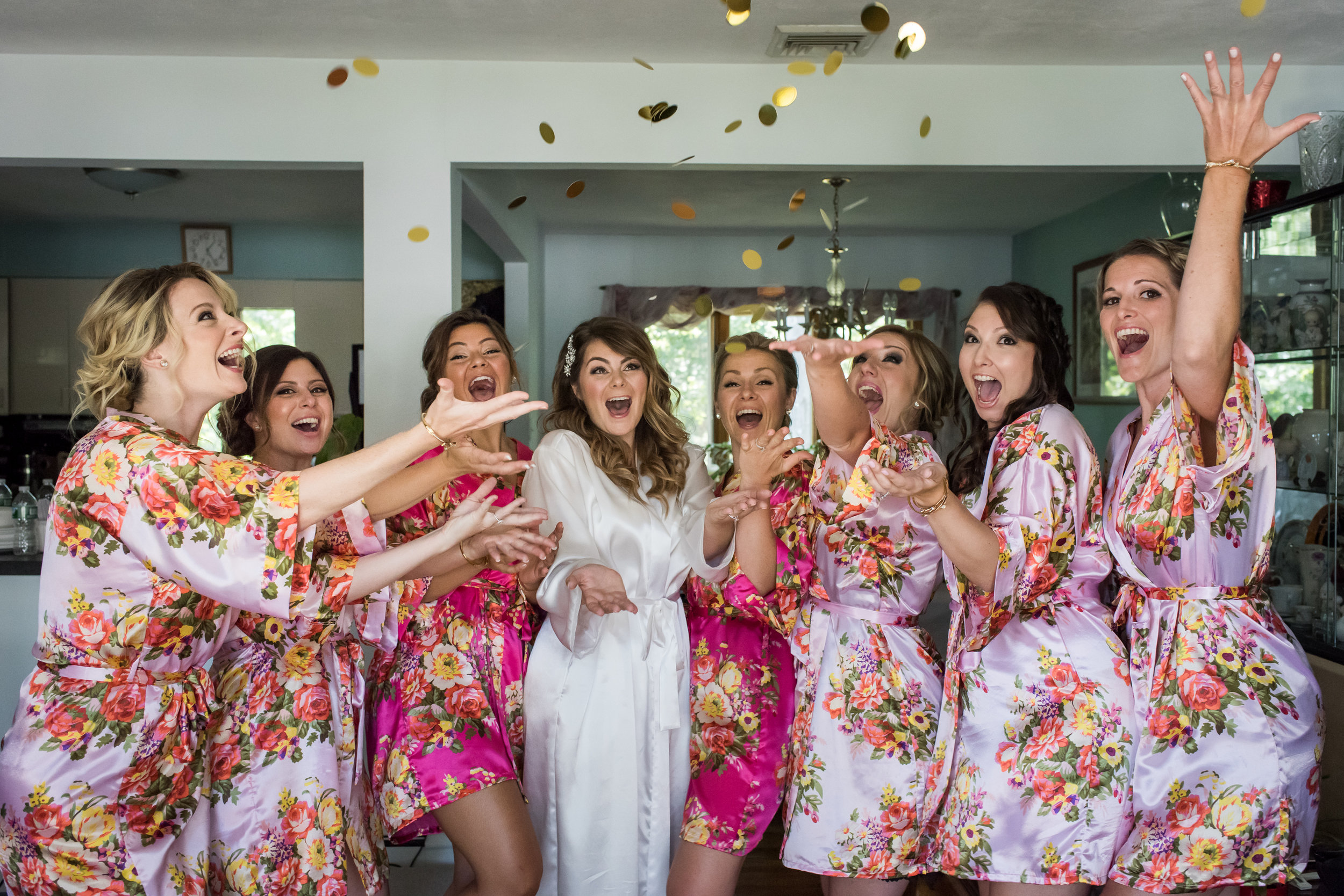 Stefy Hilmer Photography-bridal party throwing glitter.jpg