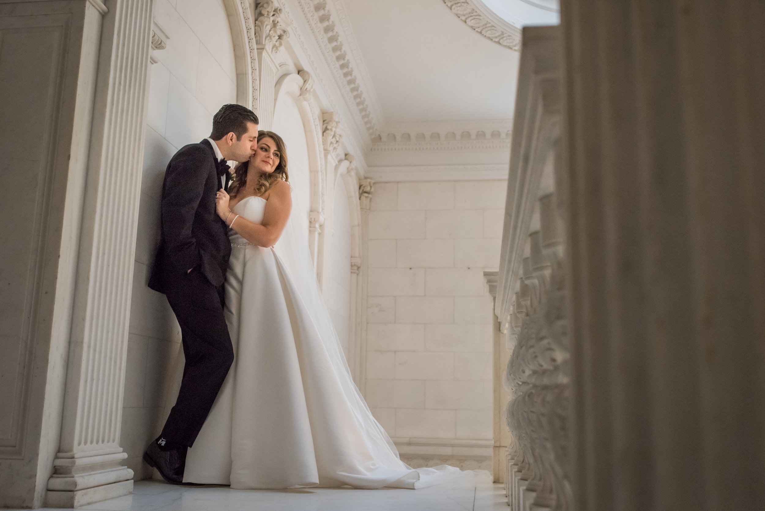 Stefy Hilmer Photography-elegant portrait of bride and groom in seversky mansion.jpg