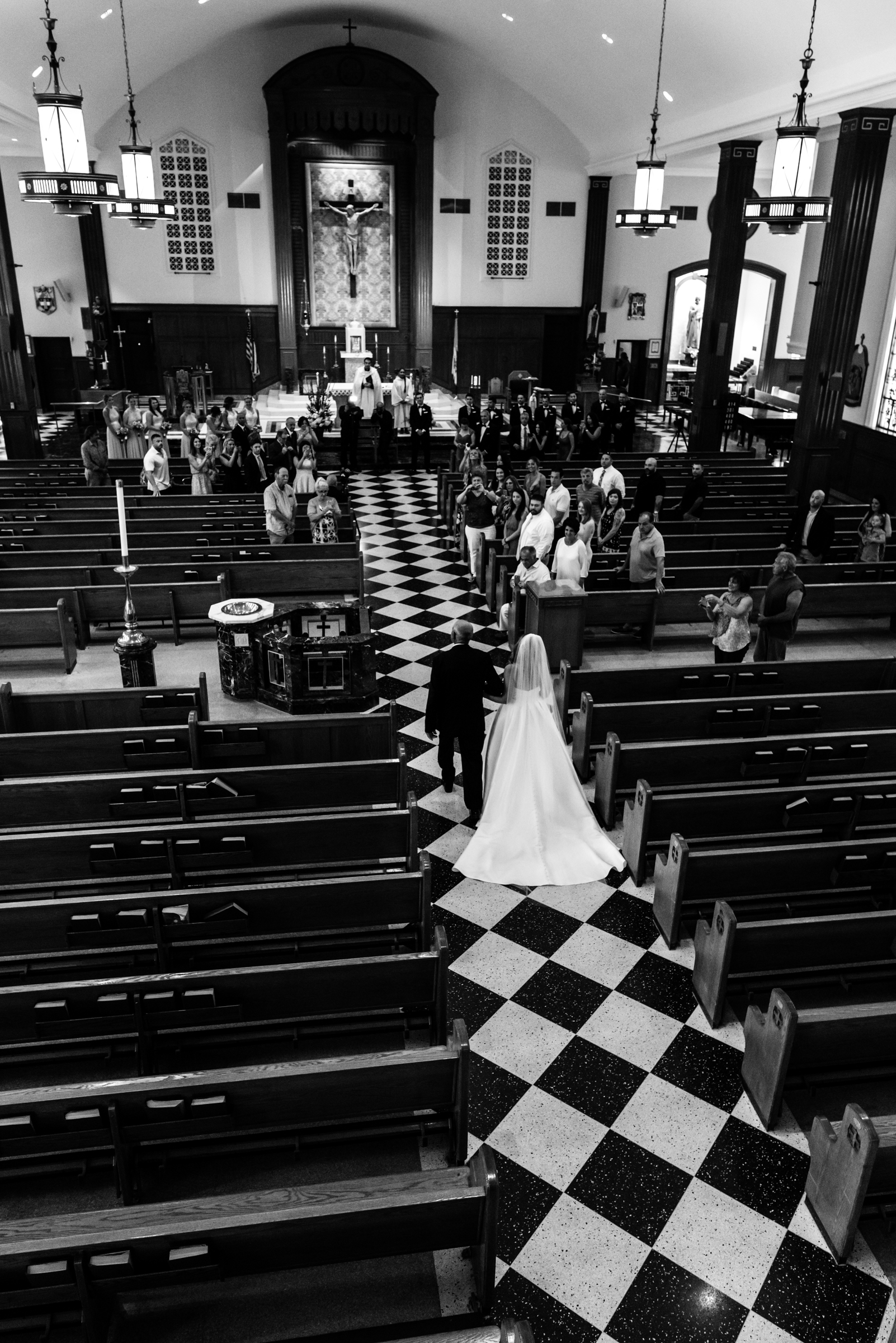Stefy Hilmer Photography-father walking his daughter down the aisle.jpg