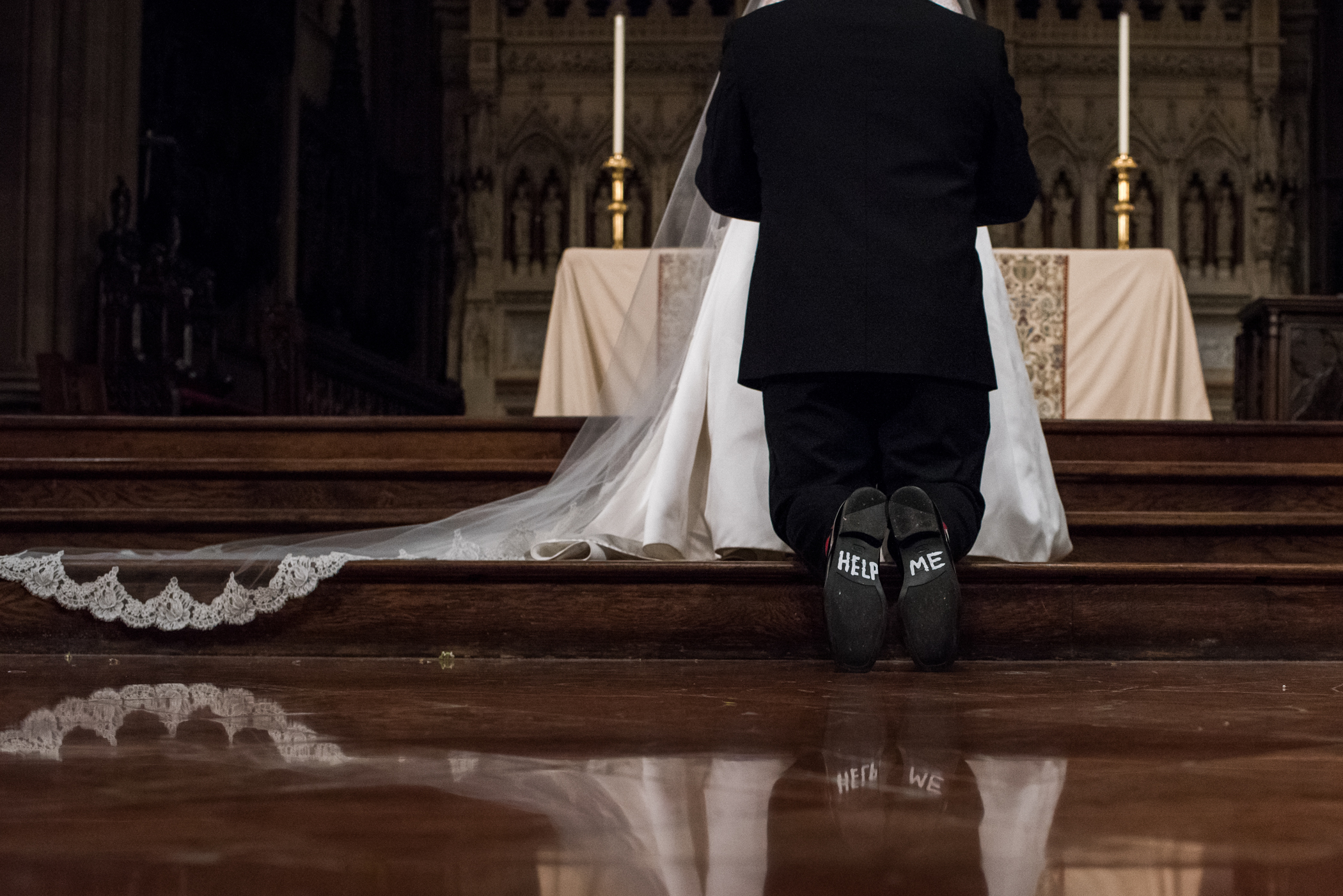 Stefy Hilmer Photography-groom in church.jpg