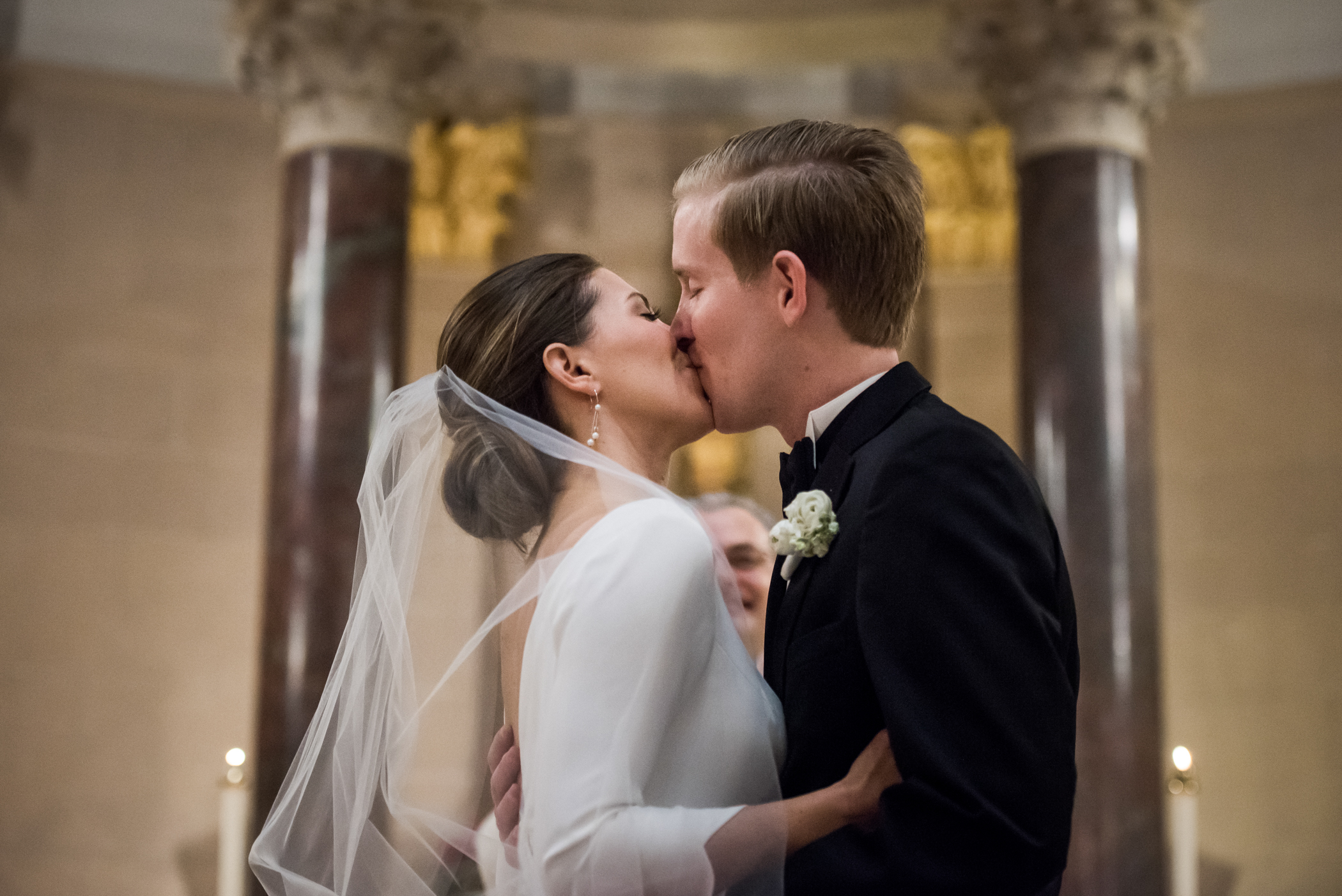Stefy Hilmer Photography-first kiss at the wedding ceremony in church.jpg