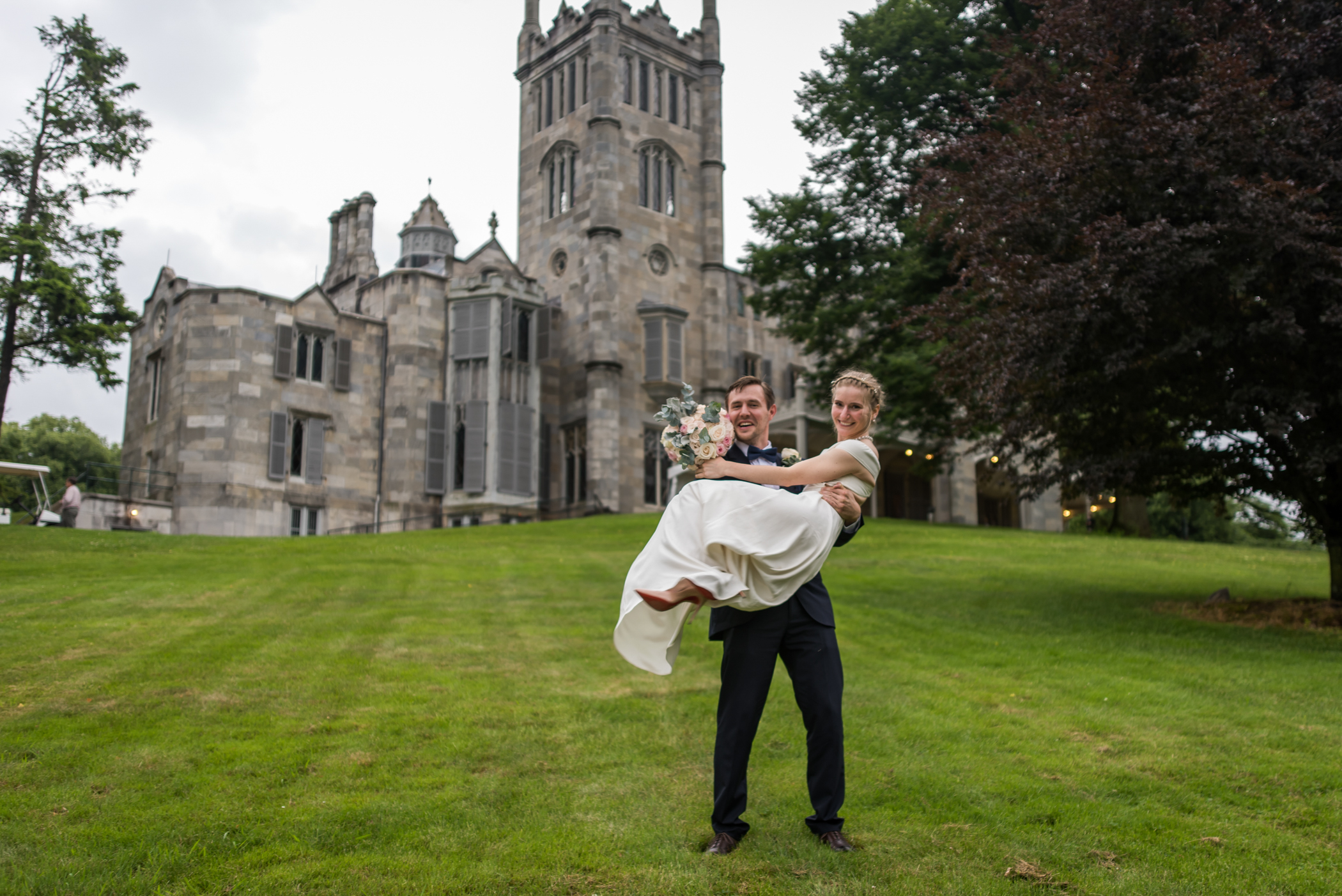 Stefy Hilmer Photography-bride and groom portraits at Lyndhurst Castle in Tarrytown NY.jpg