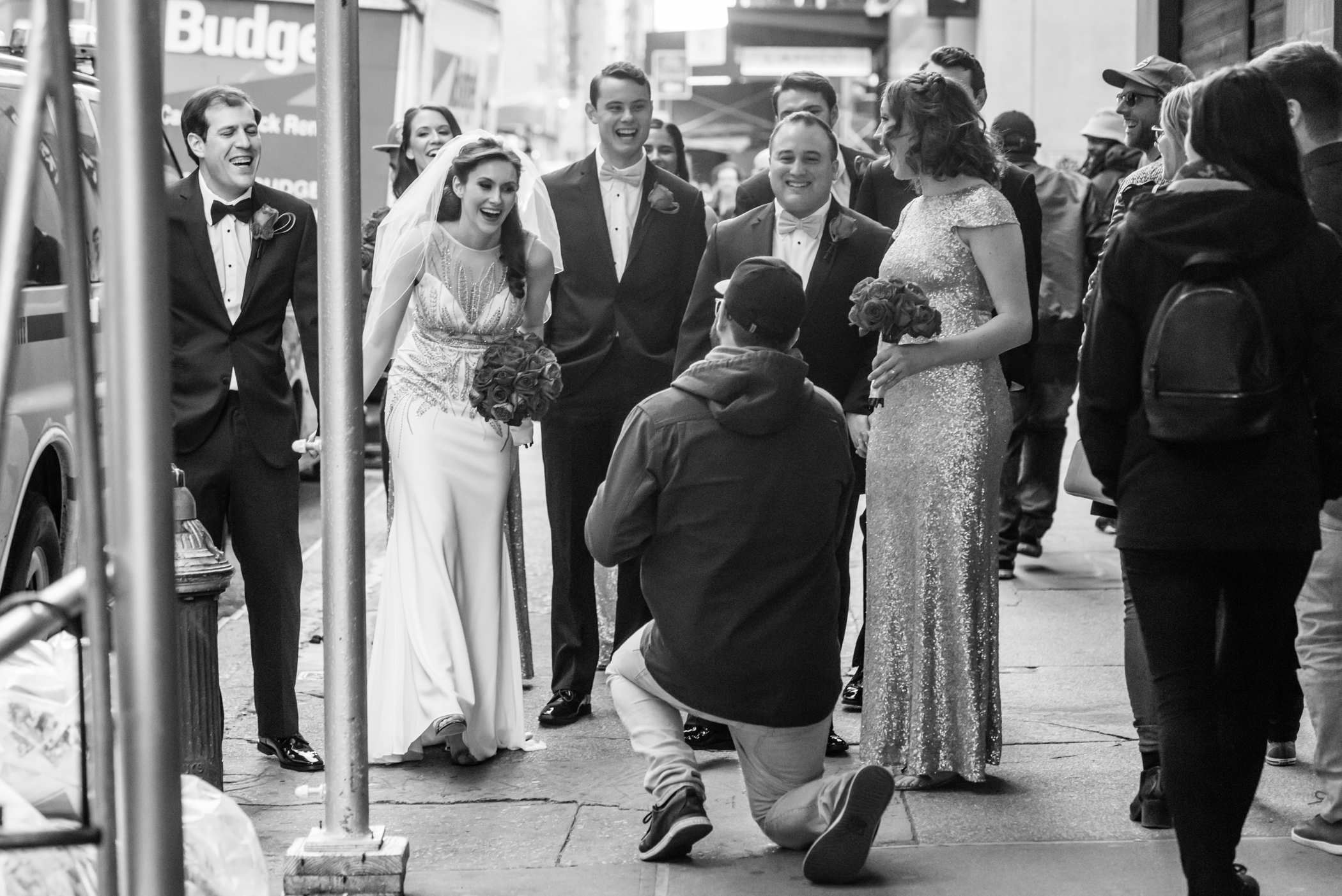 Stefy Hilmer Photography-stranger proposes to bride on NYC street.jpg