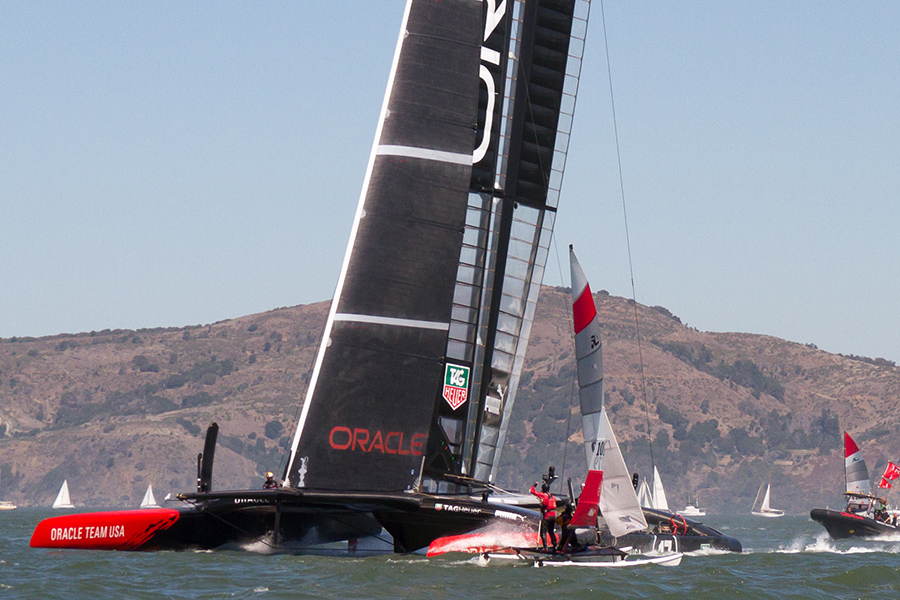 A Hobie 16 getting up close & personal with Oracle.